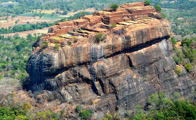 Sigiriya-rock-fortress