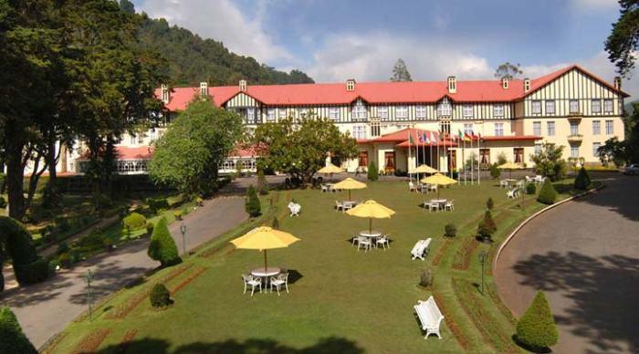 The-Grand-Hotel-Nuwara