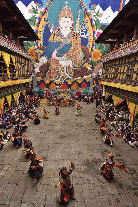 Bhutan-paro-rimpoche